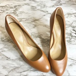 Isola | chesnut high heel wooden heel 10